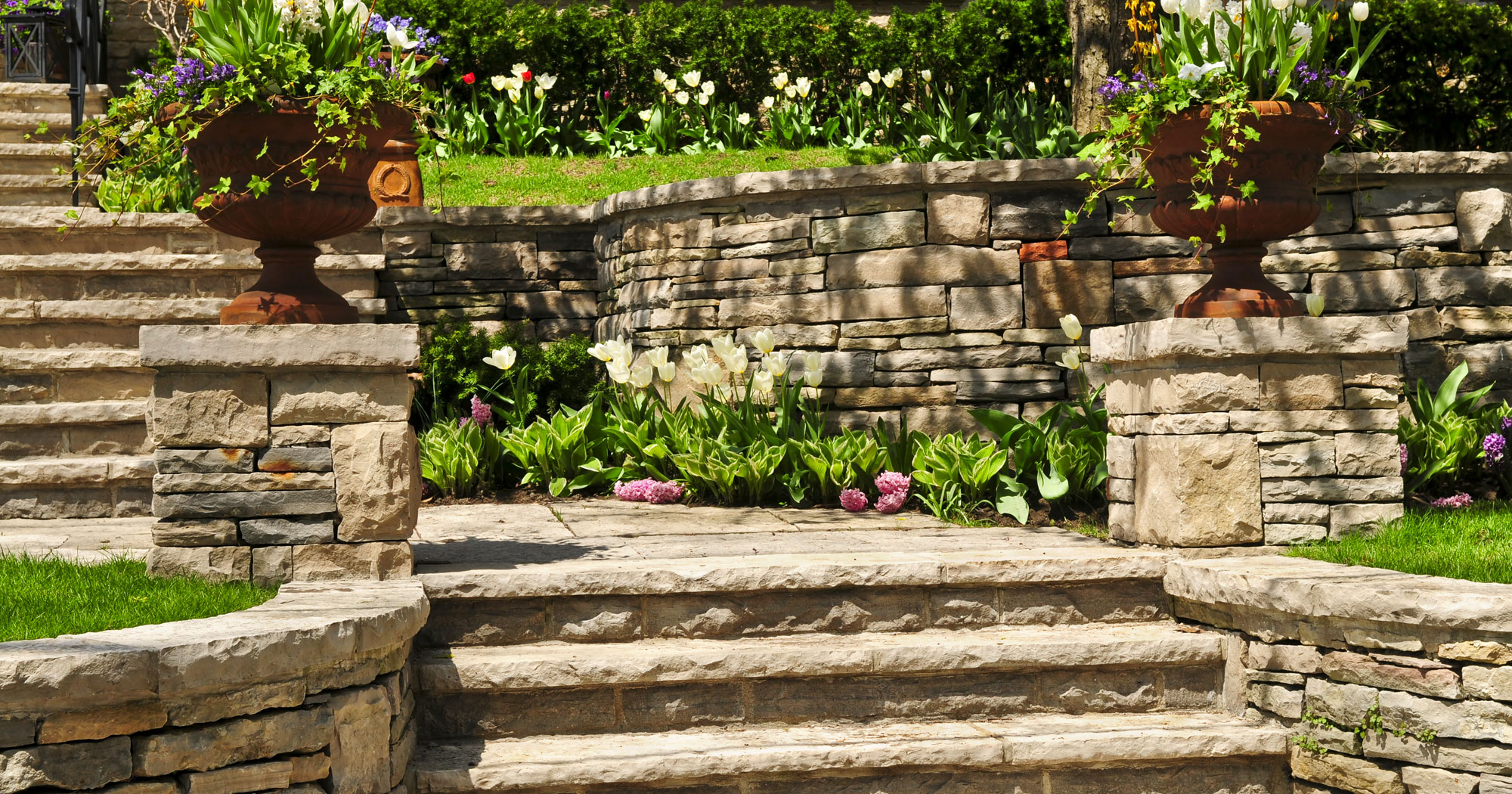 amenagement pierre naturelle jardin