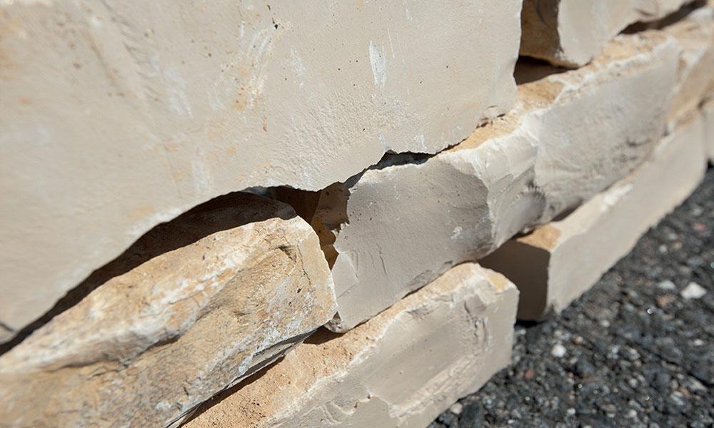 pierre naturelle calcaire pose amenagement