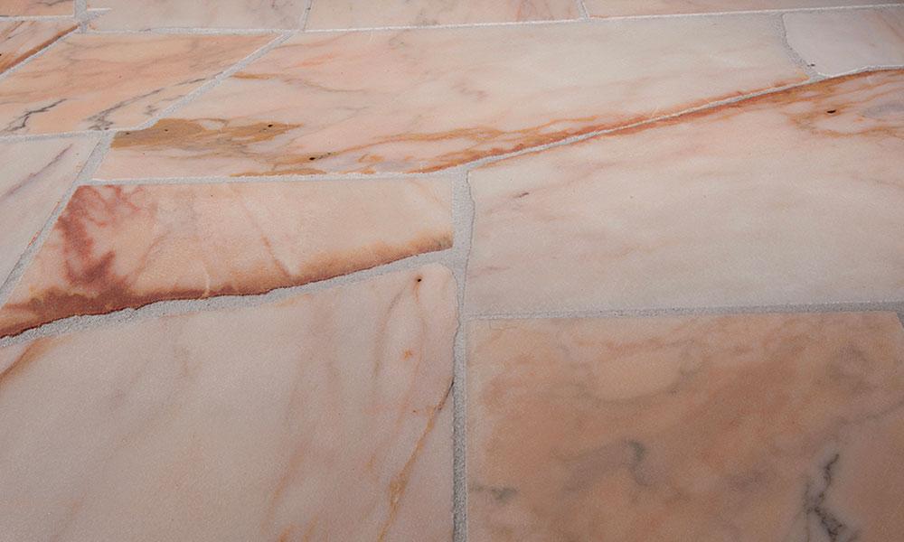 pierre granit rose millau